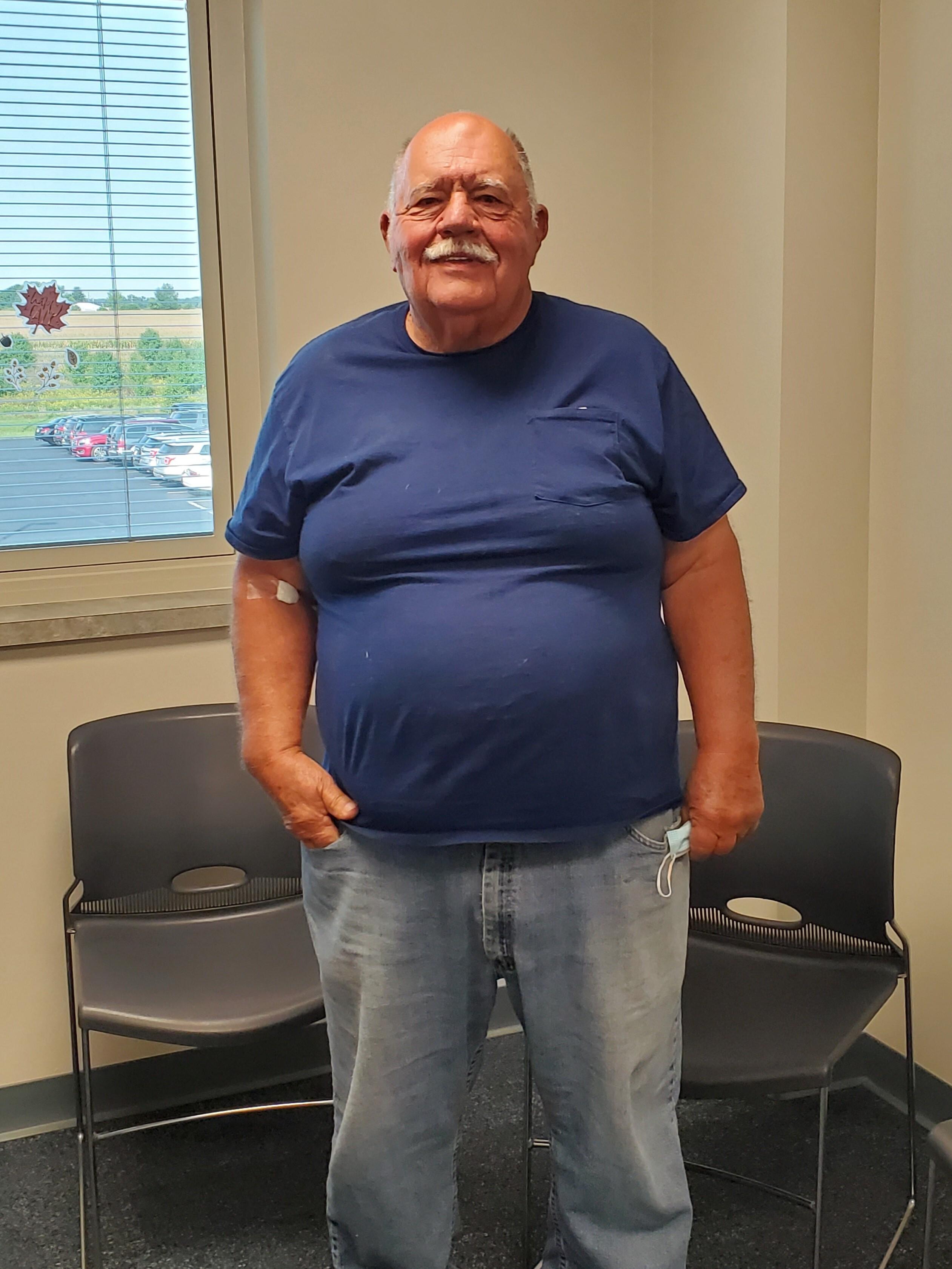 Gene Dallinger working with Pulmonary rehab at IU Health White Memorial