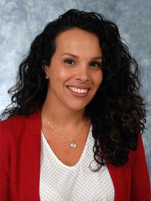 Raquel L Lopez, NP