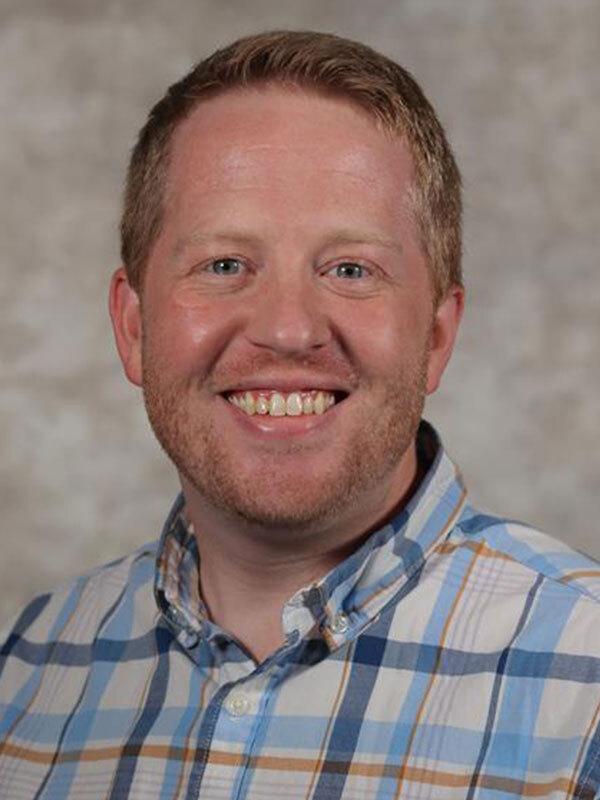 Kevin L Witt, MD