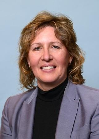 Doris M Hardacker, MD