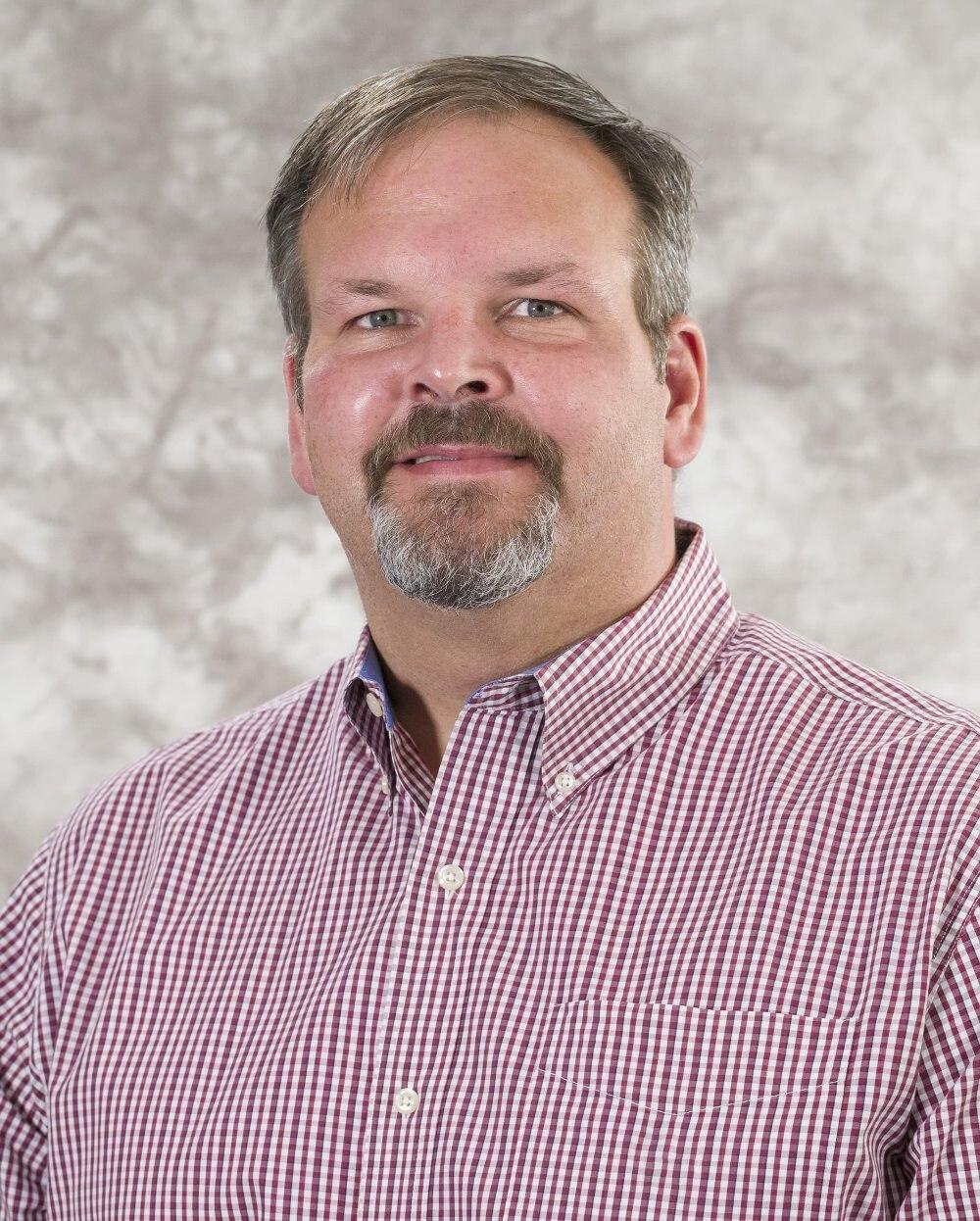 Dennis C Uhrhammer, MD