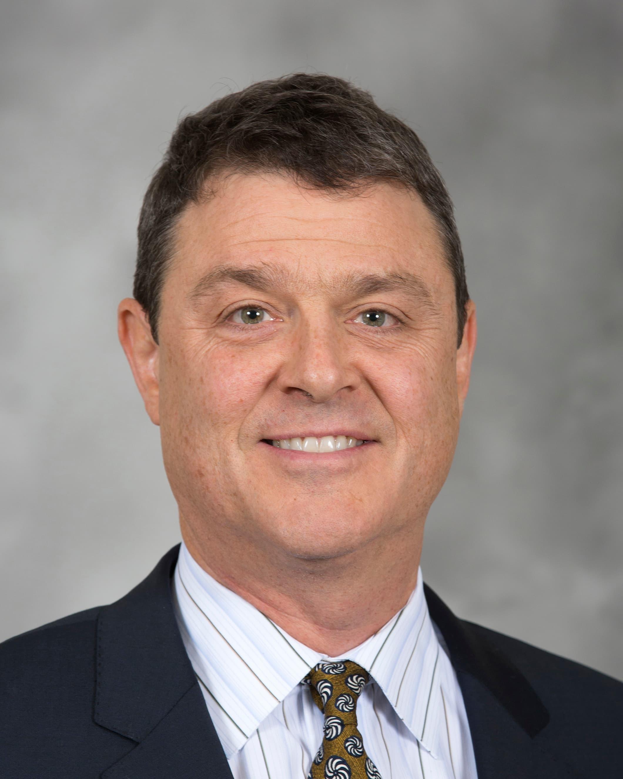 Randall J Strate, MD