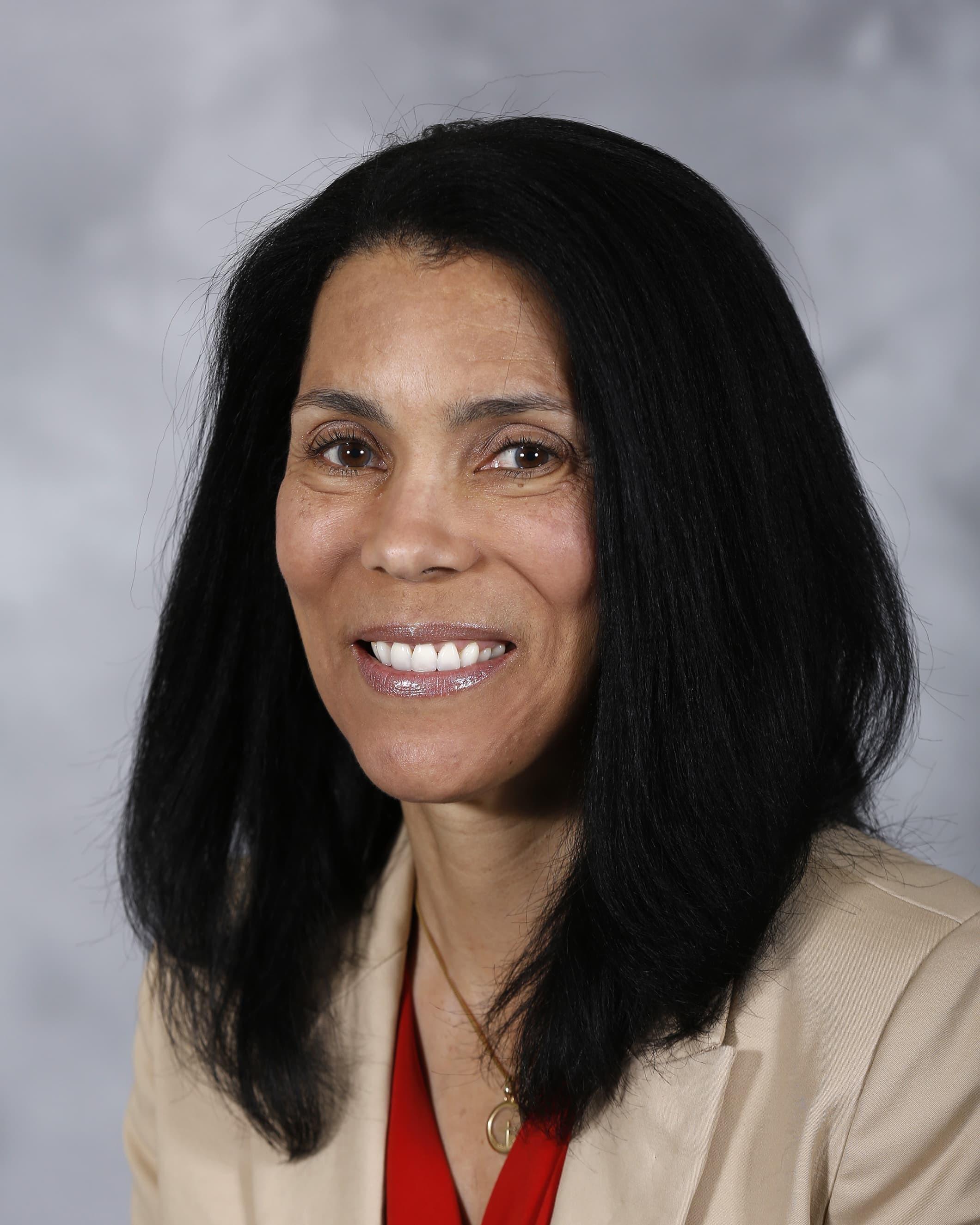 Lauren J Dungy-Poythress, MD