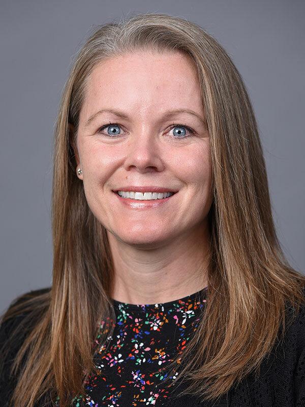 Amanda D Benaderet, MD