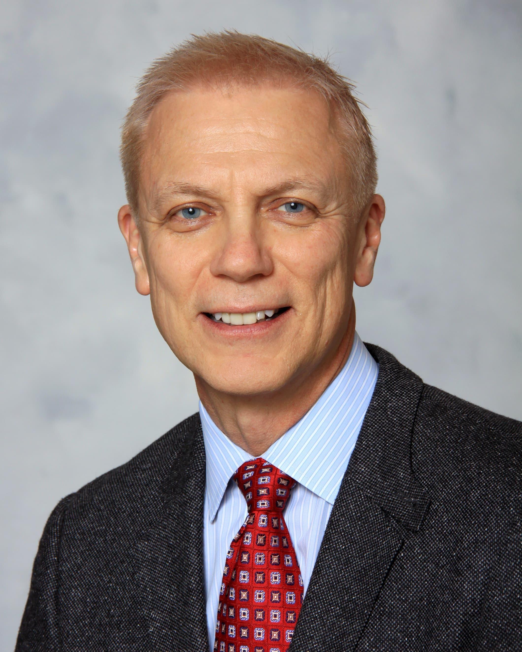 David P Pletzer, MD
